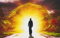 У них такая внутренняя чистота, что виден божественный свет, поэтому их называют святыми - Шри Пракаш Джи