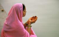 Бог - это не волшебная палочка, исполняющая желания - Шри Пракаш Джи